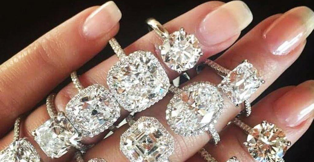 how to choose engagement rings