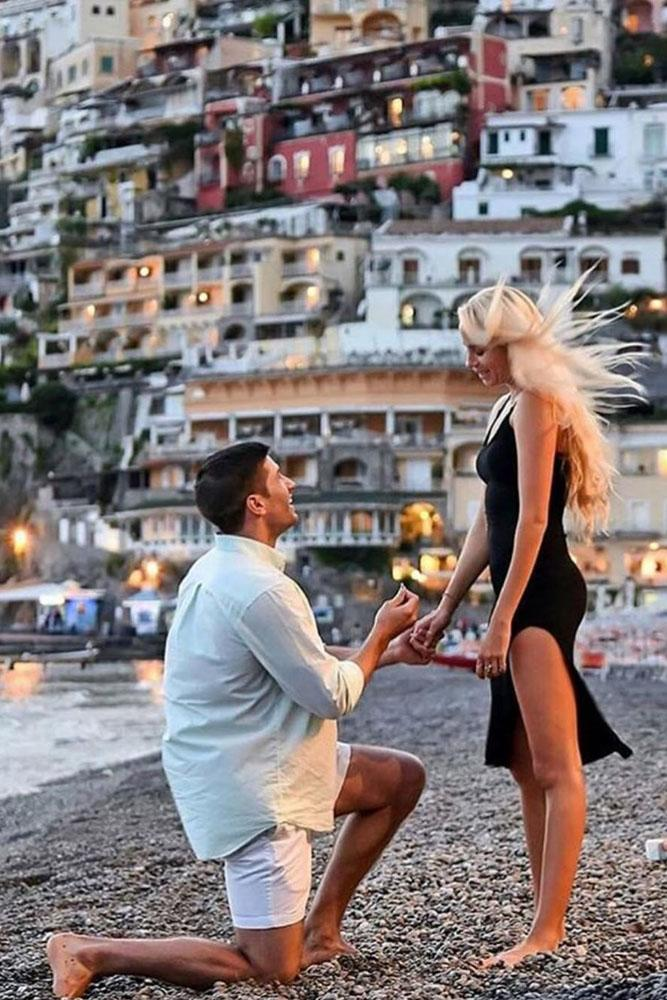 proposals at beach