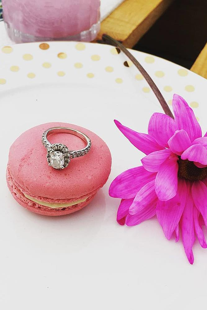 wedding proposal ideas flower macaron engagement ring
