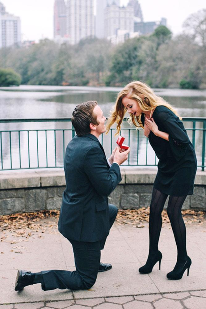 wedding proposal ideas in a park couple engaged
