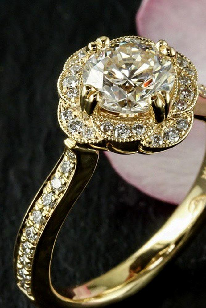 6dfd1f12a07 15 Gorgeous And Elegant Floral Engagement Rings
