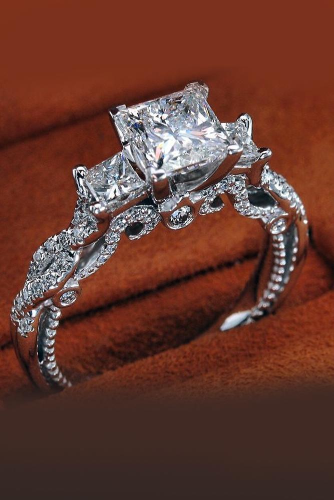 princess cut engagment rings three stones platinum band