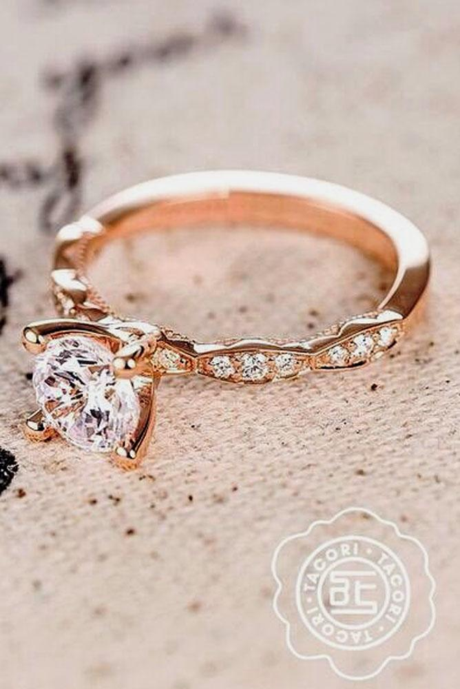 rose gold engagement rings center round stone