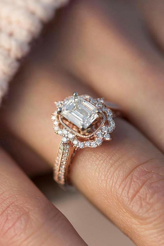 rose gold engagment rings vintage halo diamonds