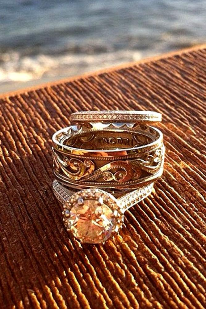 vintage engagement rings round cut halo in rose gold