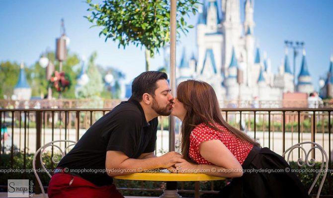 Disney proposals kiss on disney background
