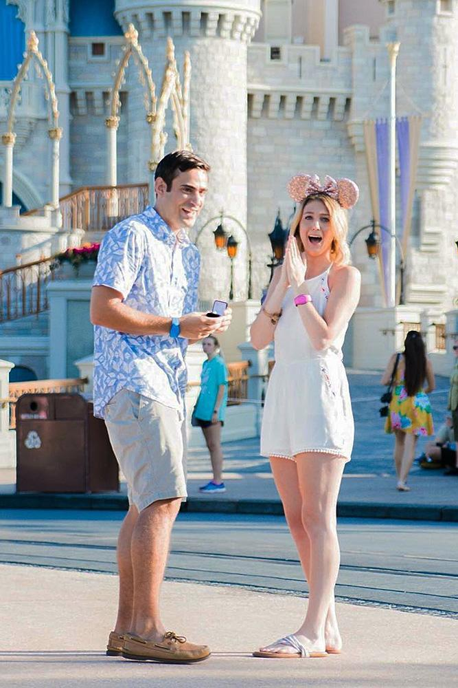 disney proposals man propose a woman romantic