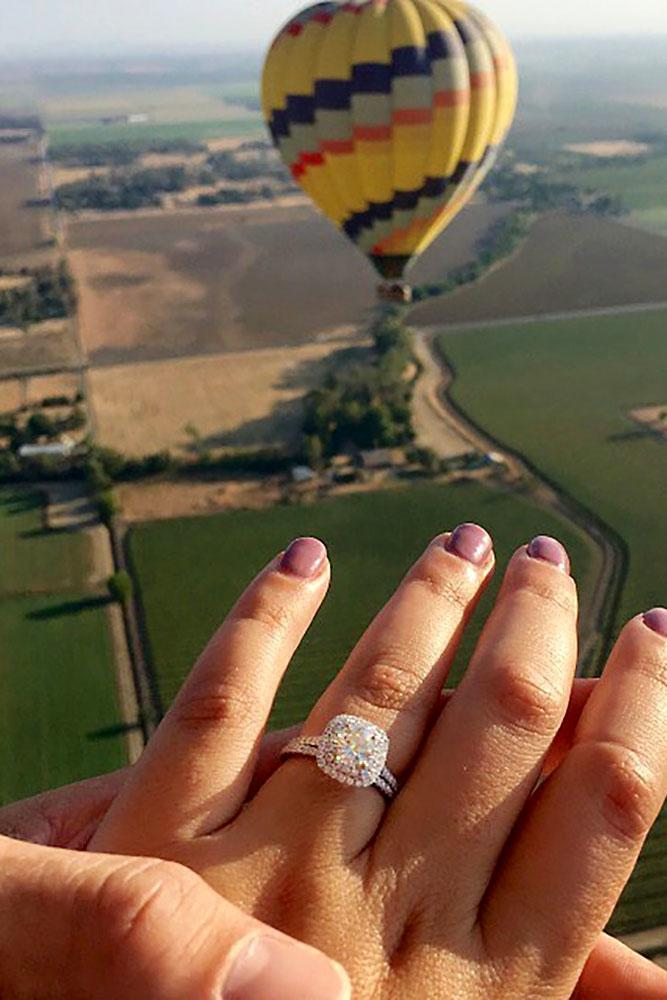 engagement photo idea balloon and ring