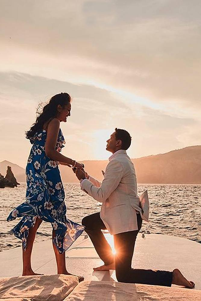 engagement photo ideas boat proposal sunset ocean