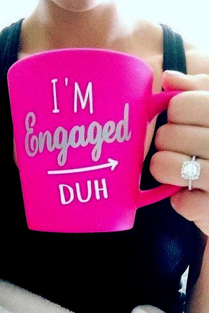 engagement photo ideas cup with letter to future bride