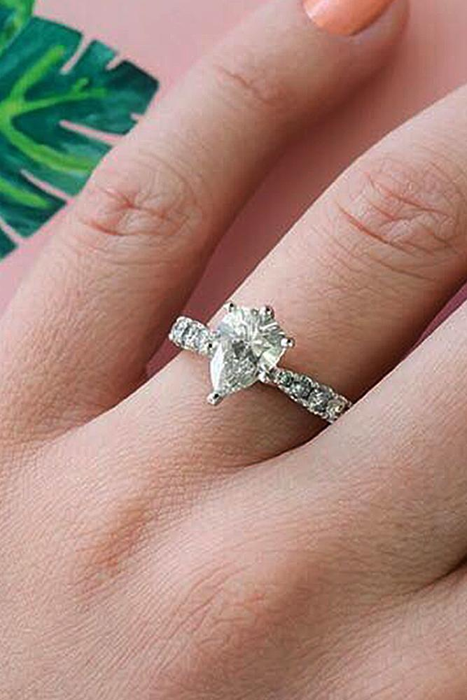 pear shaped engagement rings solitaire diamond white gold