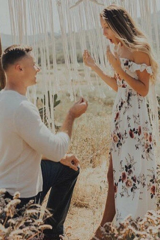 perfect proposals in a romantic way with arch