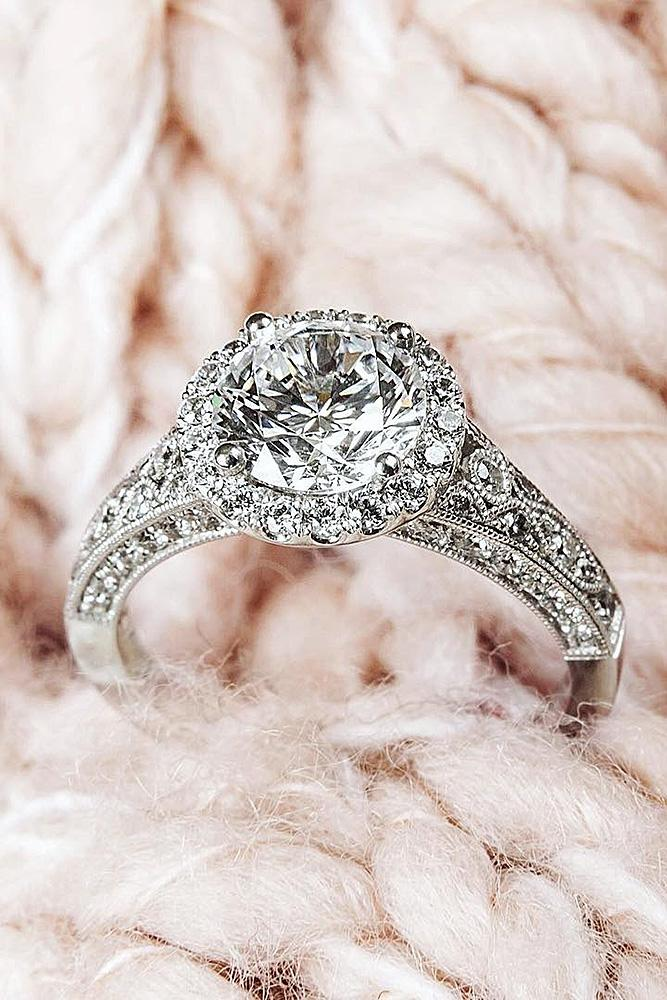 round engagement rings vintage white gold