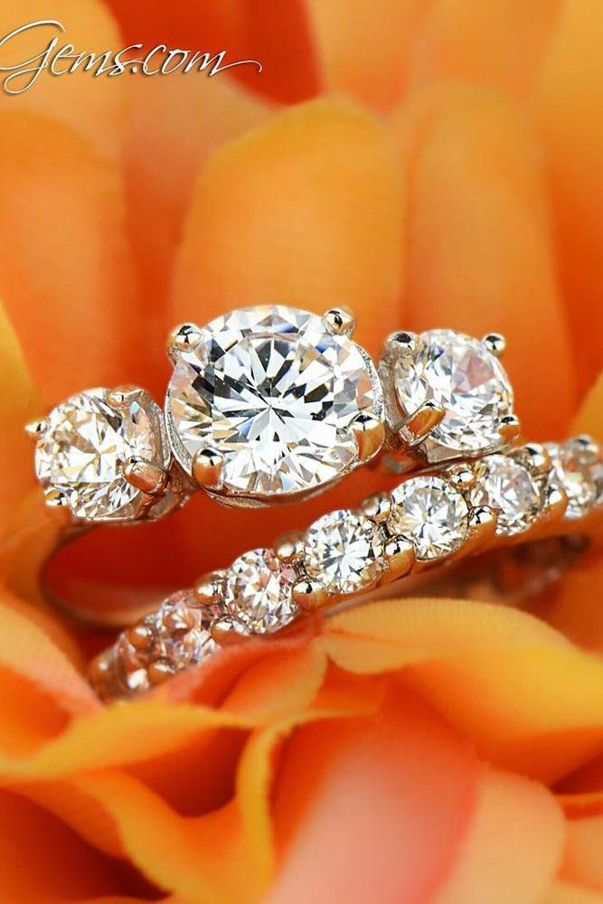 three stones engagement rings round diamond rose gold set