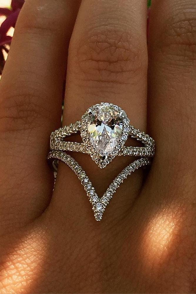 unique wedding rings pear center diamond halo split shank