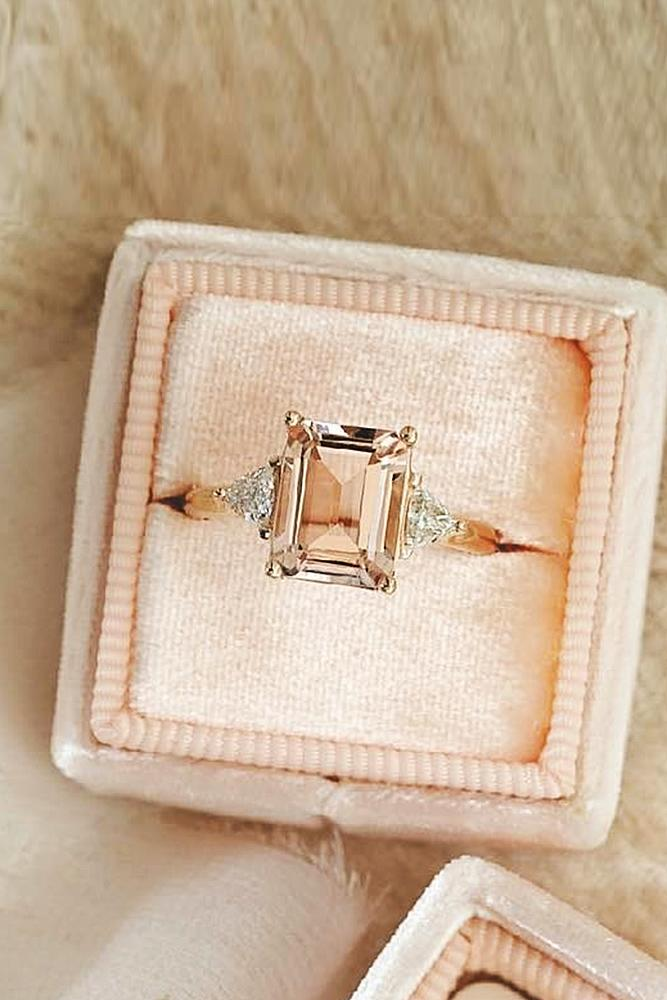 emerald engagement rings solitaire rose gold gemstone unique