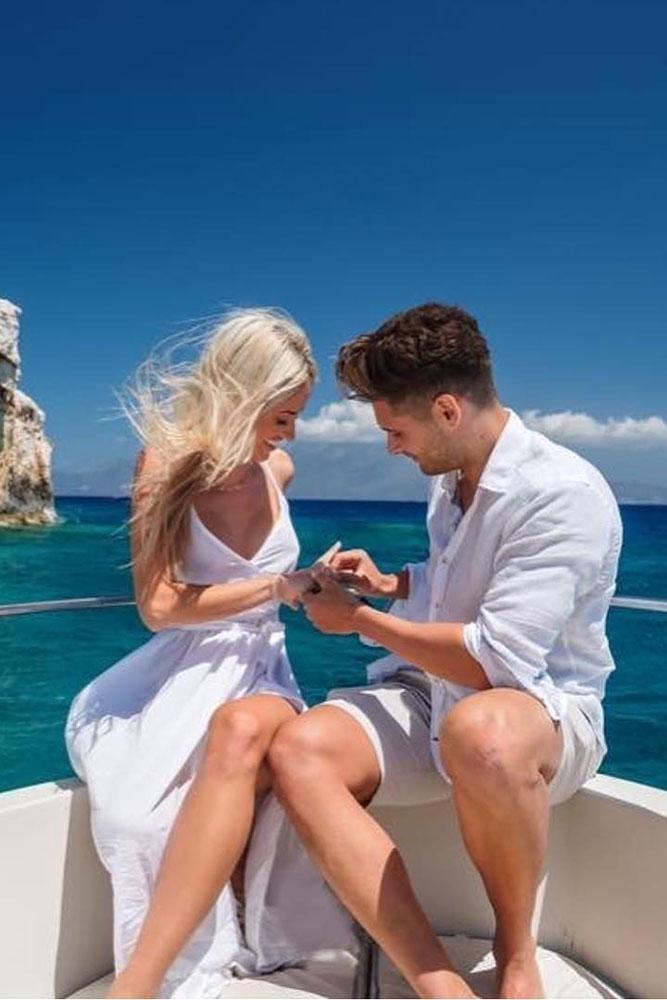 marriage proposal boat proposal ideas