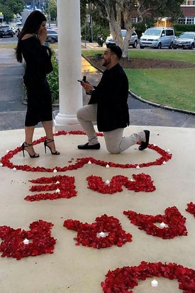 marriage proposal marry me from rose petals ideas