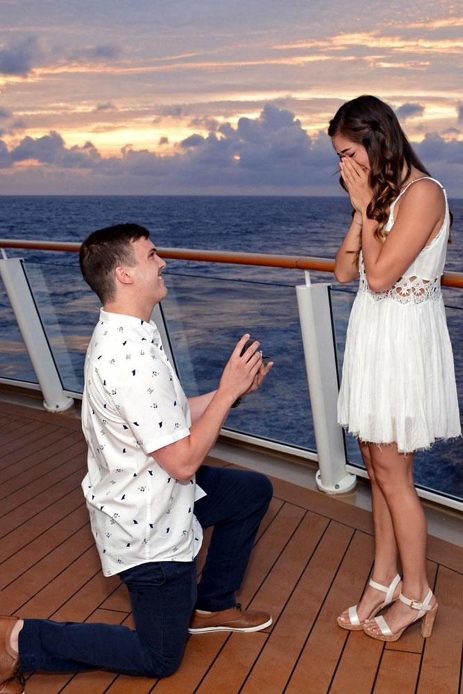 marriage proposal sunset boat proposal idea