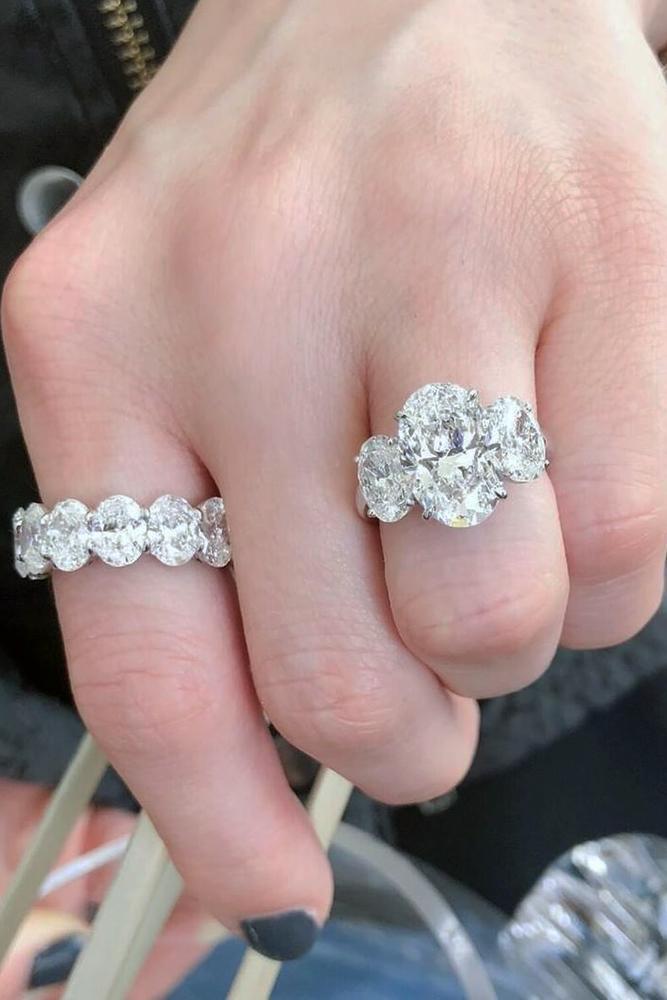 oval engagement rings three oval diamonds diamond pave band