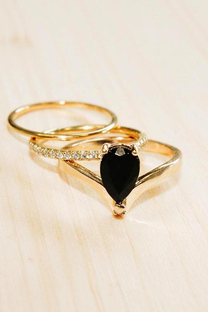 yellow gold engagement rings pear black diamond rose gold wedding set