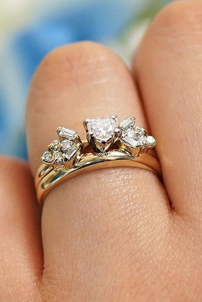 yellow gold engagement rings vintage diamond solitaire