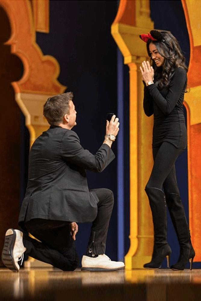 best proposal ideas disneyland man propose a woman on the stage