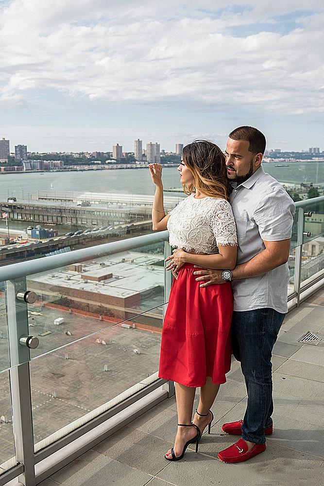 engagement photos couple amazing backdrop