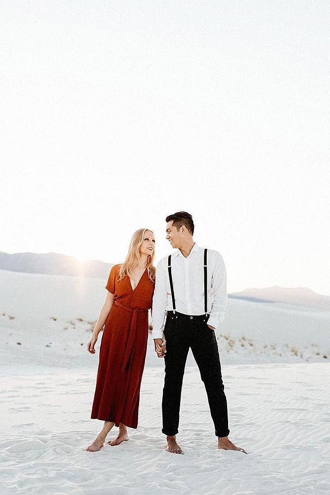engagement photos couple sunset photosession