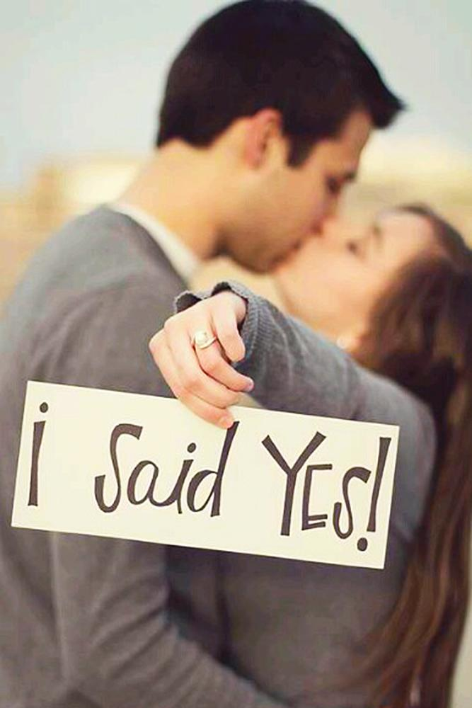 engagement photos man and women said yes romantic