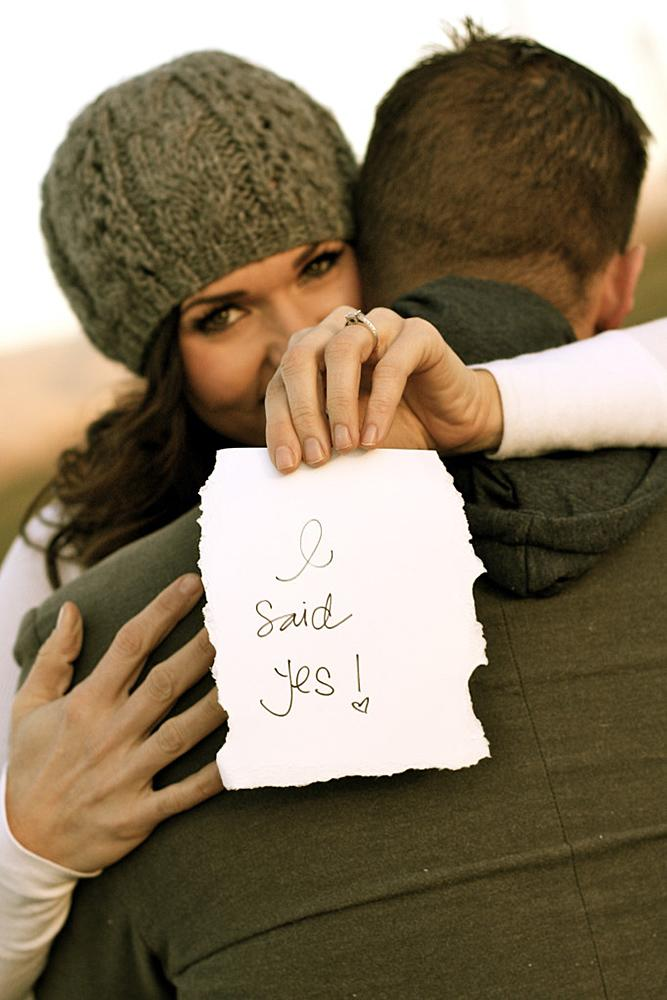 engagement photos romantic engage say yes couple