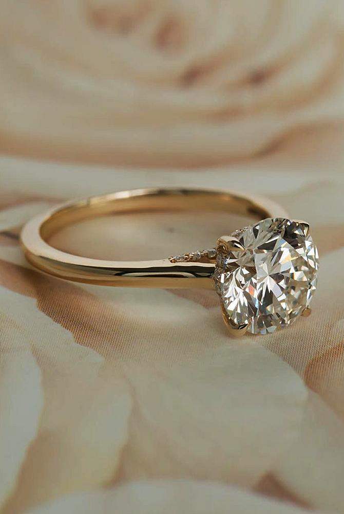 simple-engagement rings solitaire round cut rose gold diamond