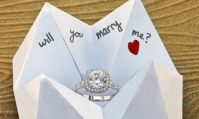wedding proposal engagement ring romantic propose