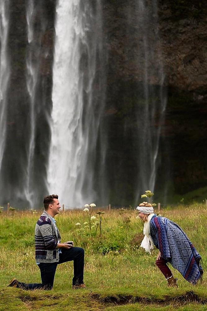 wedding proposal man engage the woman at the nature