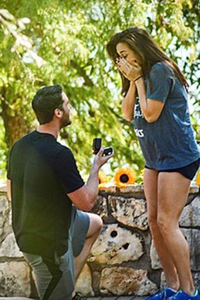 wedding proposal man propose a woman