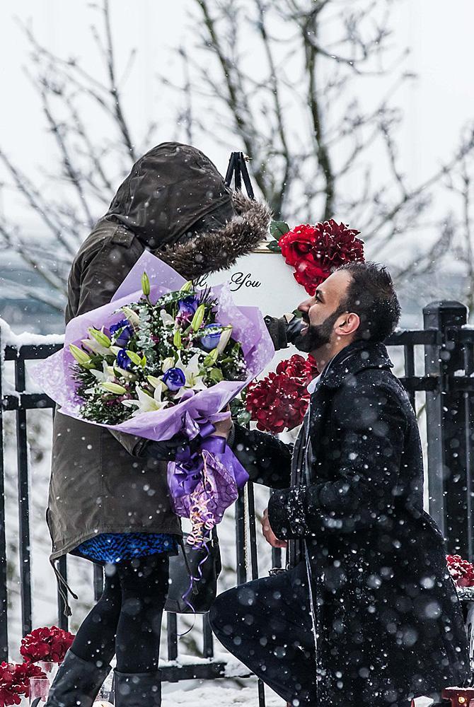 wedding proposal man propose woman bouquets