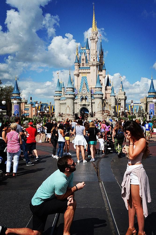 creative proposal ideas disney man propose a woman
