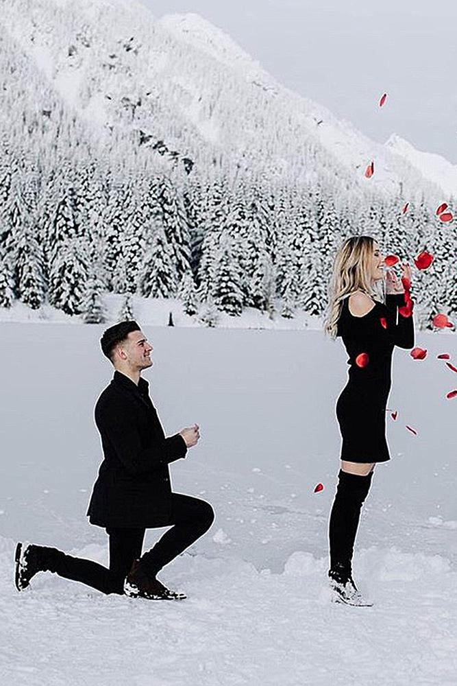 creative proposal ideas surprise proposal winter snow