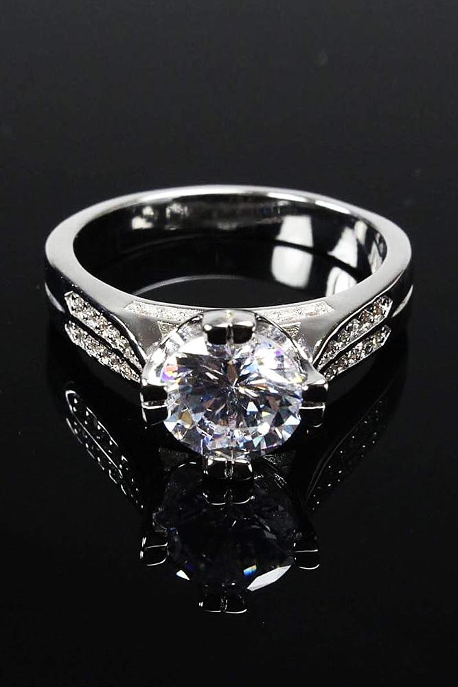 cubic zirconia engagement rings round cut solitaire