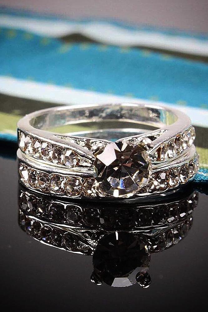cubic zirconia engagement rings round cut wedding set