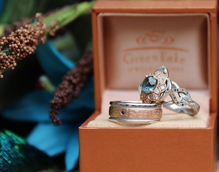 flower engagement rings white gold vintage wedding set greenlakejewelry featured