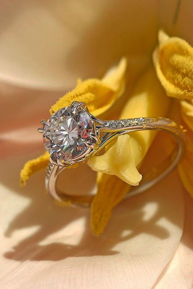 gold engagement rings solitaire gold round cut diamond