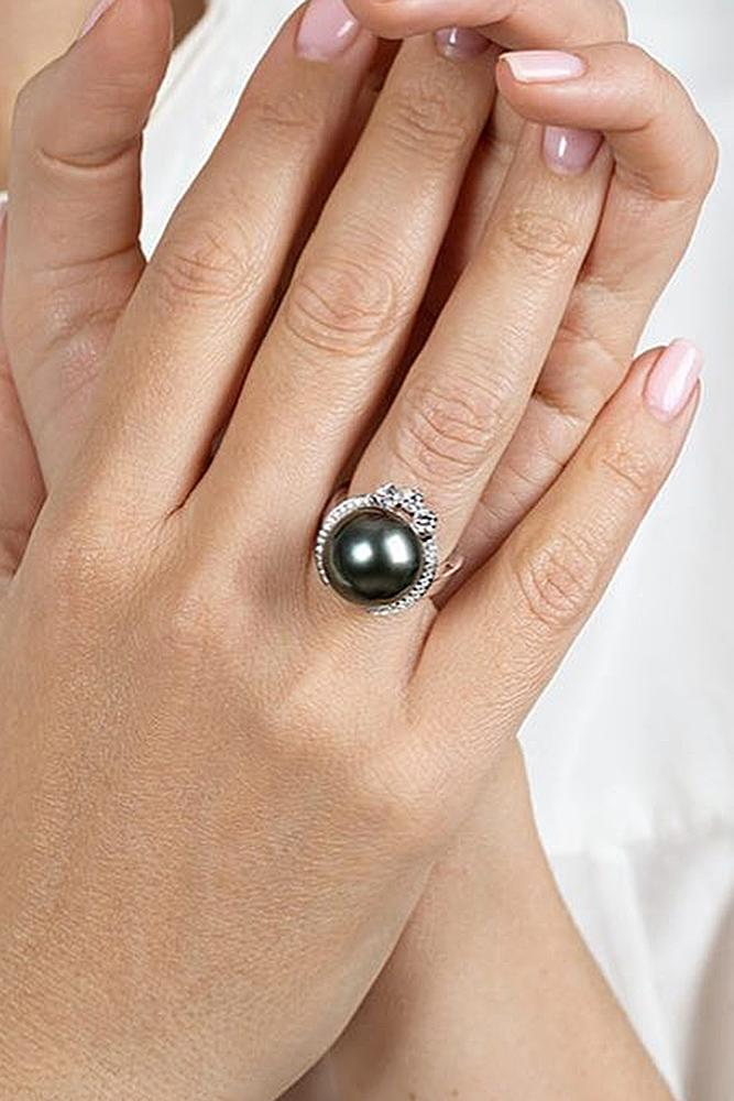pearl engagement rings unique modern black pearl