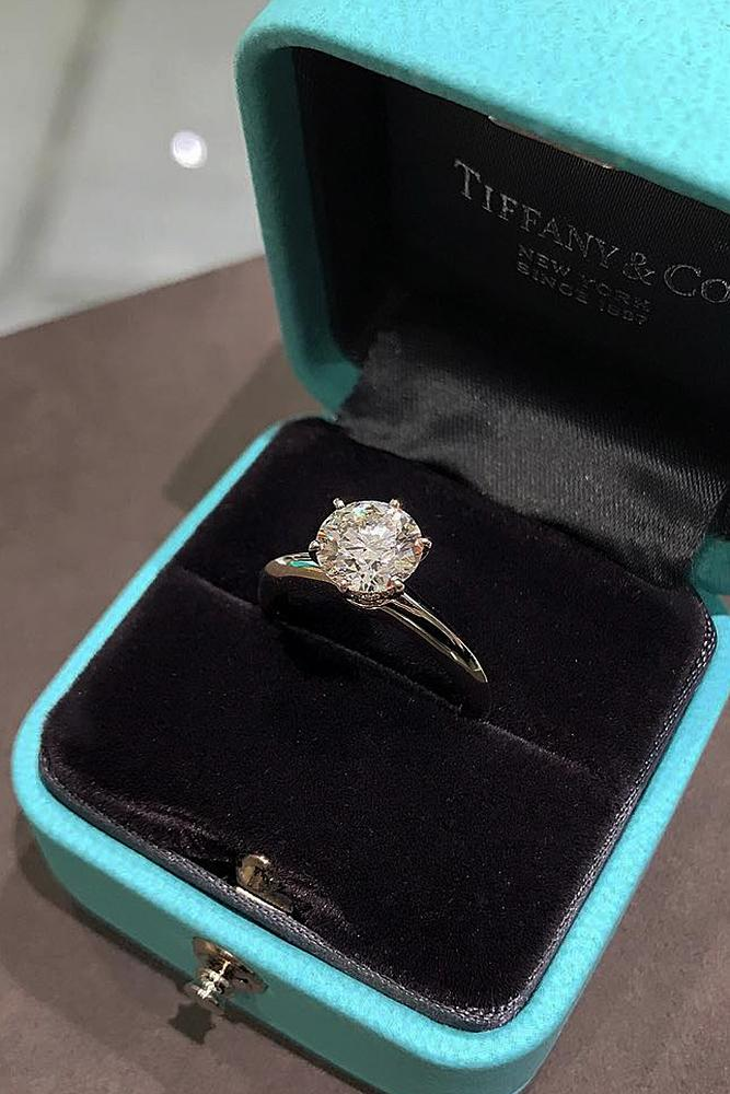 tiffany engagement rings white gold solitaire round cut diamond classic simple