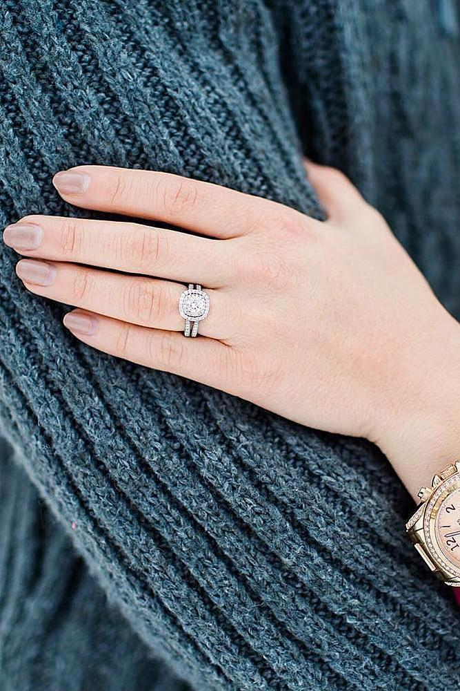 winter engagement photos hand ring engaged couple