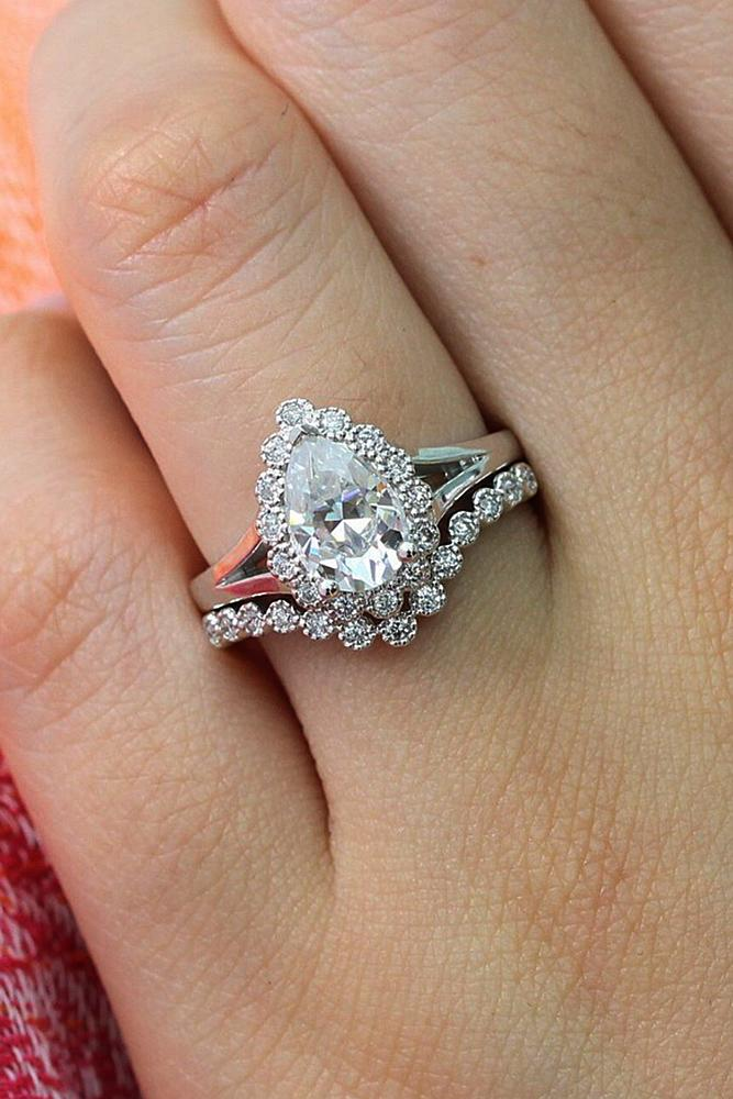 Beautiful Wedding Ring Sets Vintage White Gold Pear Cut Diamond