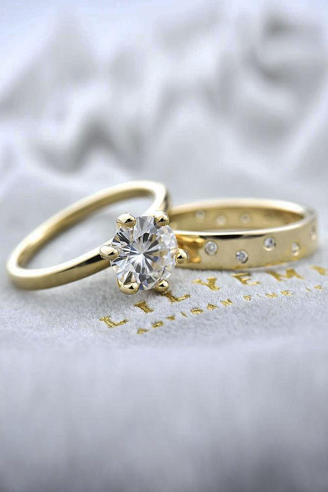 beautiful wedding ring sets yellow gold simple round cut diamond