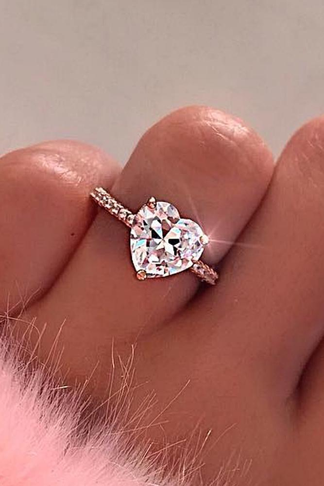best rose gold engagement rings soliraire heart cut pink diamond classic chic