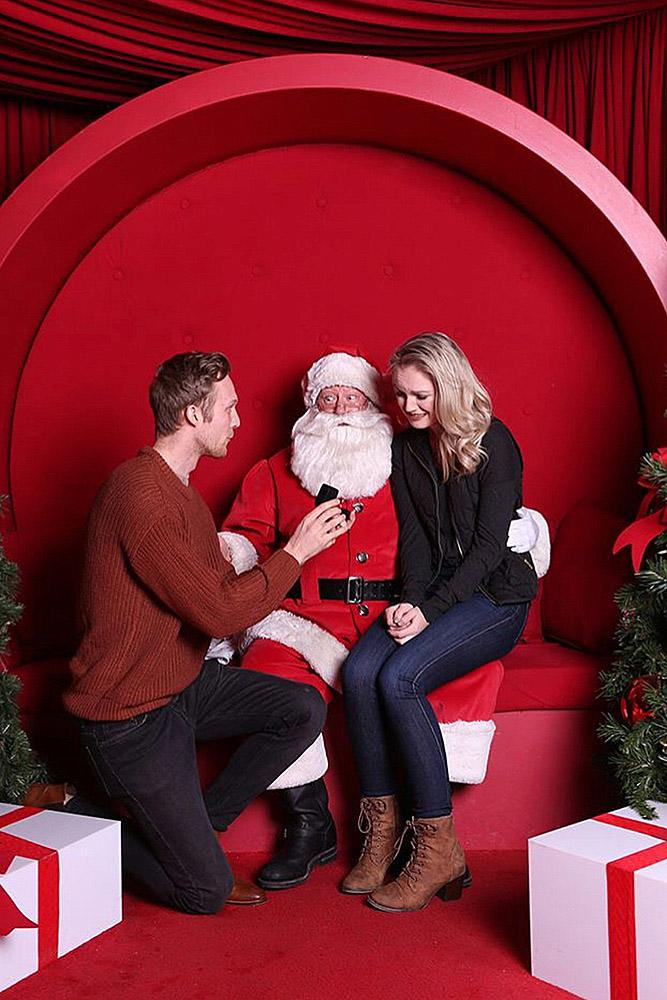 christmas proposal santa unexpected cute