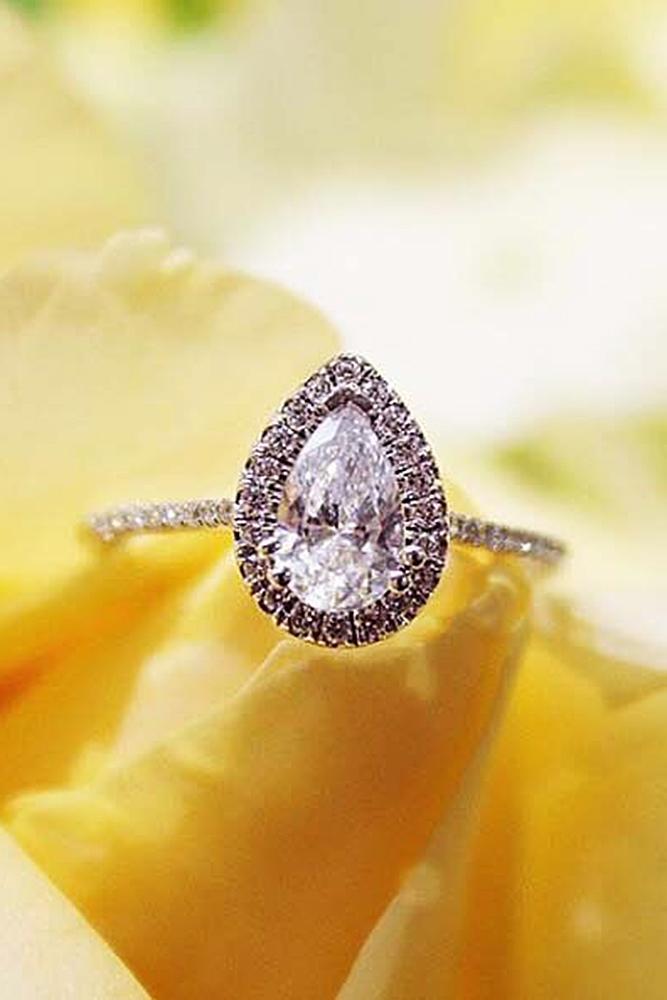 custom engagement rings pear cut halo gold diamond
